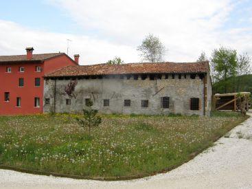 """""""ANTICO CASALE"""" a Castelnuovo di Isola vicentina"""